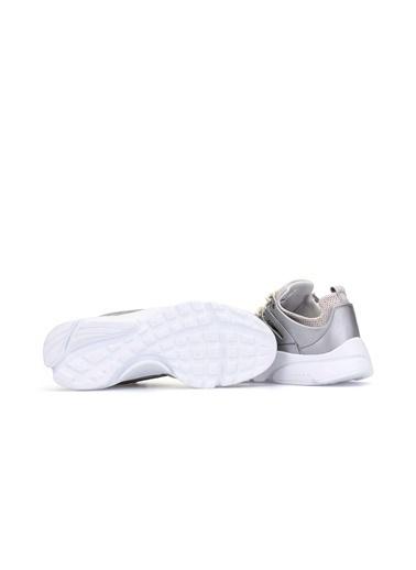 Dark Sneakers Gümüş